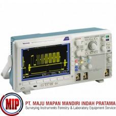 TEKTRONIX DPO3012 Digital Phosphor Oscilloscope
