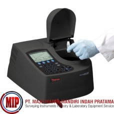 THERMO SCIENTIFIC Orion AquaMate 7000 Visible Spectrophotometer